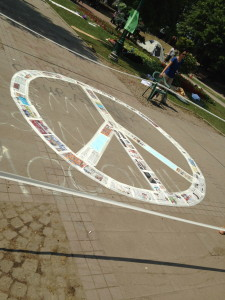 Central peace sign